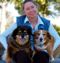 Picture of Patty Meyers of Bloodhound with her two dogs